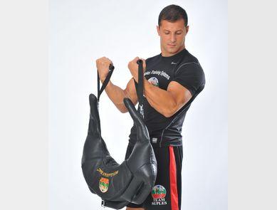Bulgarian Bag, un accessoire d'entraînement visant à améliorer les mouvements dynamiques des athlètes !