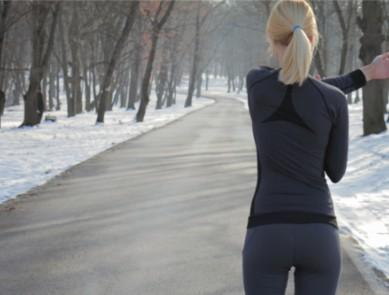 5 sports à pratiquer uniquement quand il fait froid