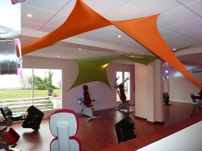 guide n 1 des salles de sport cr teil bons plans. Black Bedroom Furniture Sets. Home Design Ideas