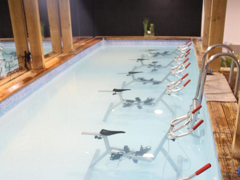 aquabike aquacycling en piscine paris o pratiquer l