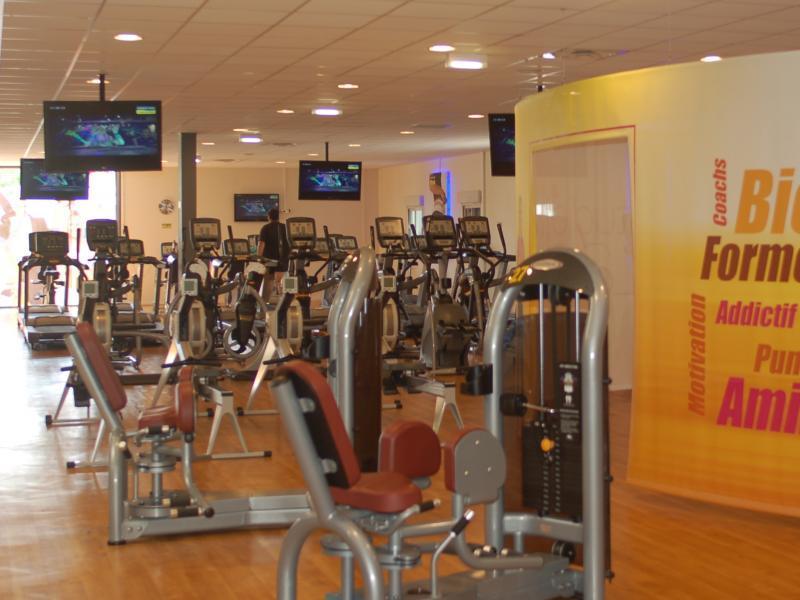 fitness park mantes la jolie buchelay tarifs avis horaires essai gratuit. Black Bedroom Furniture Sets. Home Design Ideas