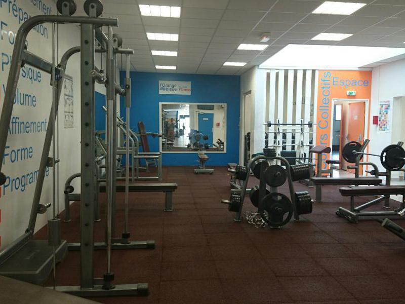 Salle de sport pont cardinet 28 images l orange bleue - Piscine pontarlier horaires ...