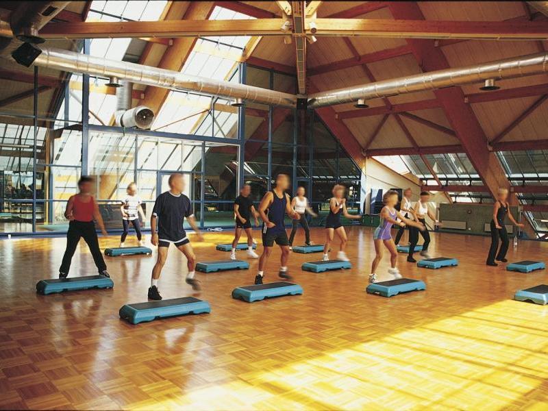 Les pyramides le port marly tarifs avis horaires - Salle de sport port marianne montpellier ...