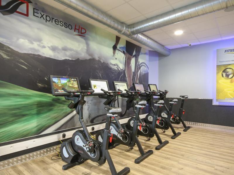 Fitness park melun vert saint denis tarifs avis for Tarif horaire entretien espace vert
