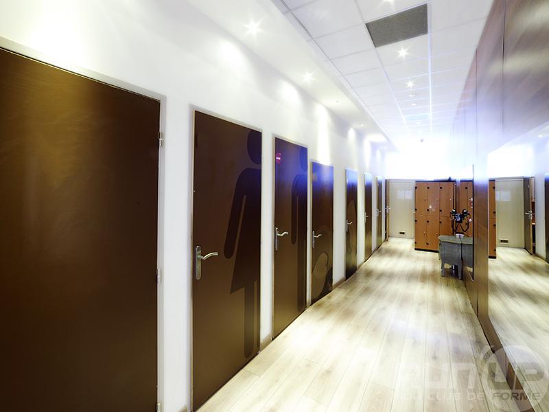 run 39 up forme centre commercial 7 collines nimes tarifs avis horaires essai gratuit. Black Bedroom Furniture Sets. Home Design Ideas